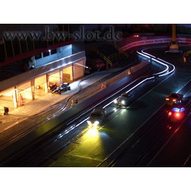 Dauerbeleuchtung Baus. mit gleichen Bremsleuchte...