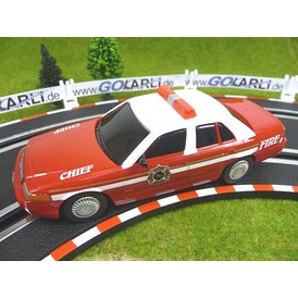 Carrera GO Ford Crown Victoria Feuerwehr Fire Chief