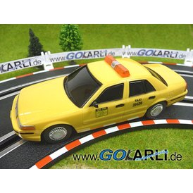 Carrera GO Ford Crown Victoria Taxi